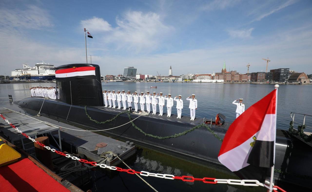 Египет получил вторую подводную лодку германской постройки