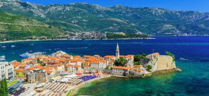 Являясь одним из самых древних поселений на берегах Адриатического моря, город сохранил прекрасные образцы средиземноморской архитектуры.