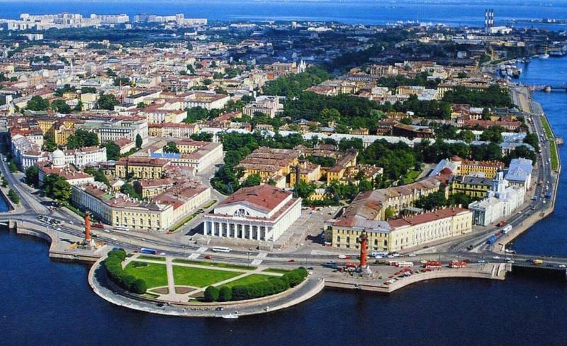 В Санкт-Петербурге произошел взрыв на Васильевском острове