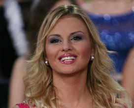 Анна Семенович в бикини