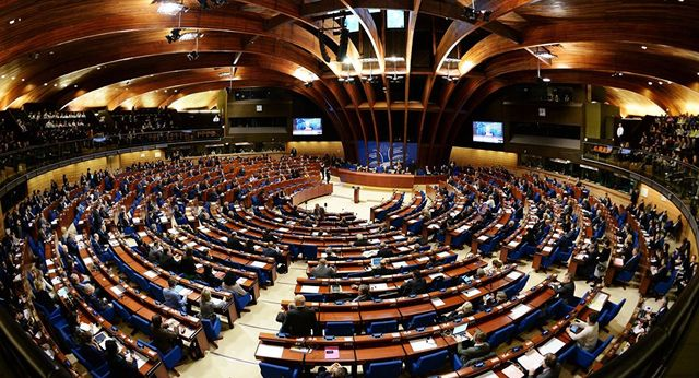 Битва за деньги: в ПАСЕ хотят срочно снять санкции с России