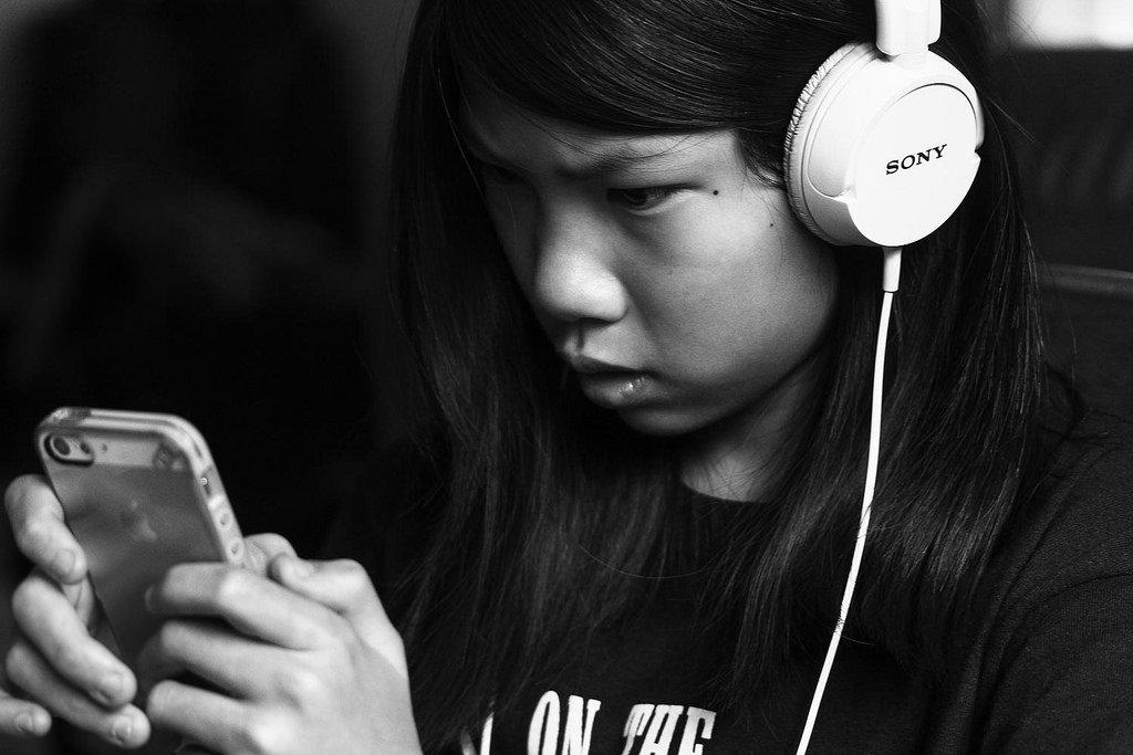 Сильные страны не идут на поводу у компаний: эксперт прокомментировал компромисс Apple и Китая