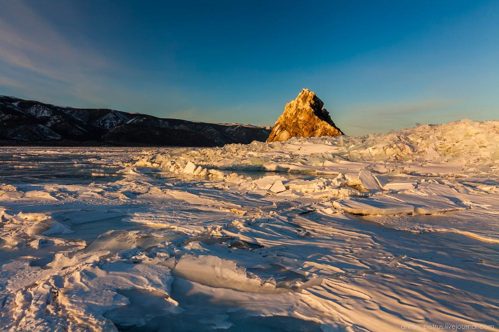Красота Байкала зимой