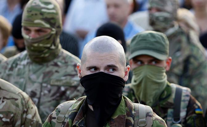 Нацистскую  «Сокиру Перуна» Украина  занесла над Питером