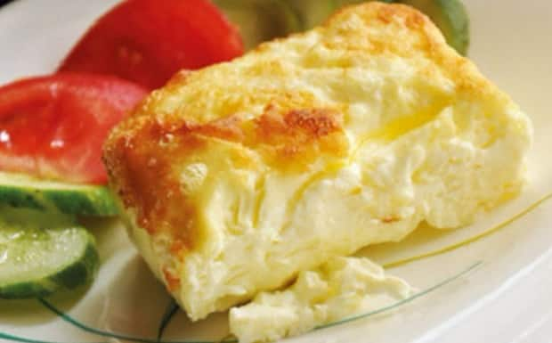 Самый вкусный омлет с молоком и яйцом на завтрак
