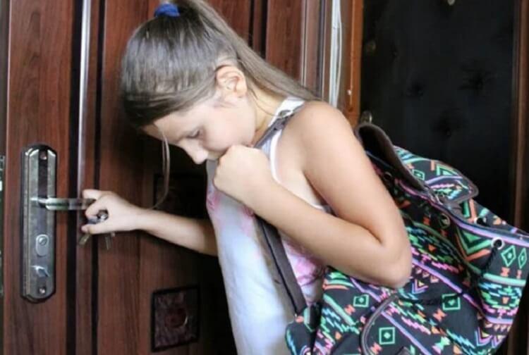 Родители после развода выгнали дочь из дома, заставив ее на долгие годы уехать из родного города