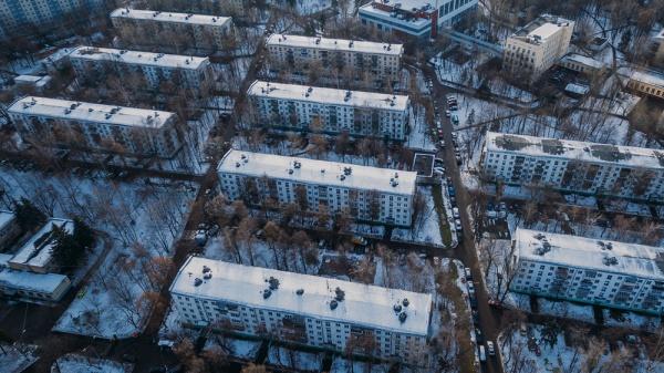 Региональные популисты оседлали московскую реновацию