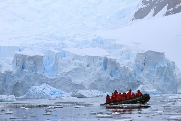 12. Куда приплывает круизный лайнер? антарктида, вопрос, ответ