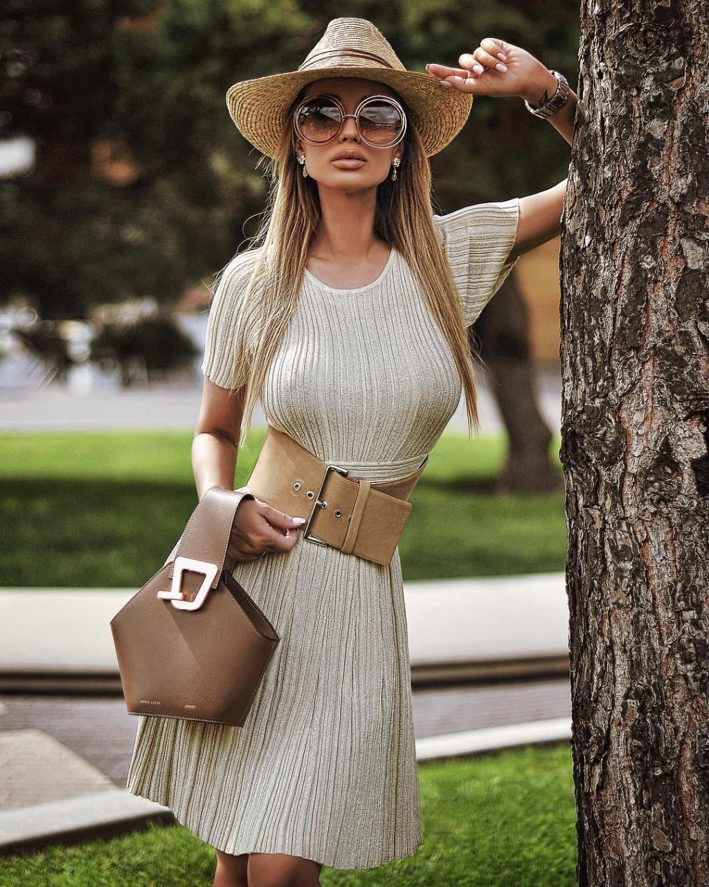 Признаки в одежде, по которым легко отличить москвичку от приезжей