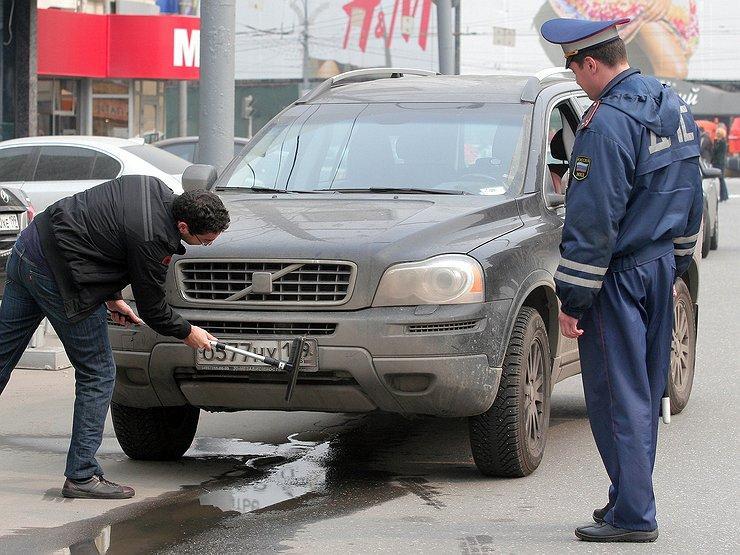ГИБДД лишает водителей «прав» за собственные ошибки