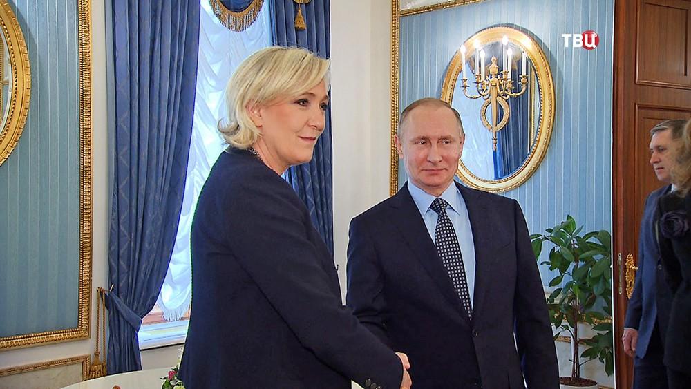 Конец старого света: Франция на ряду с Россией стала главной угрозой для Европы