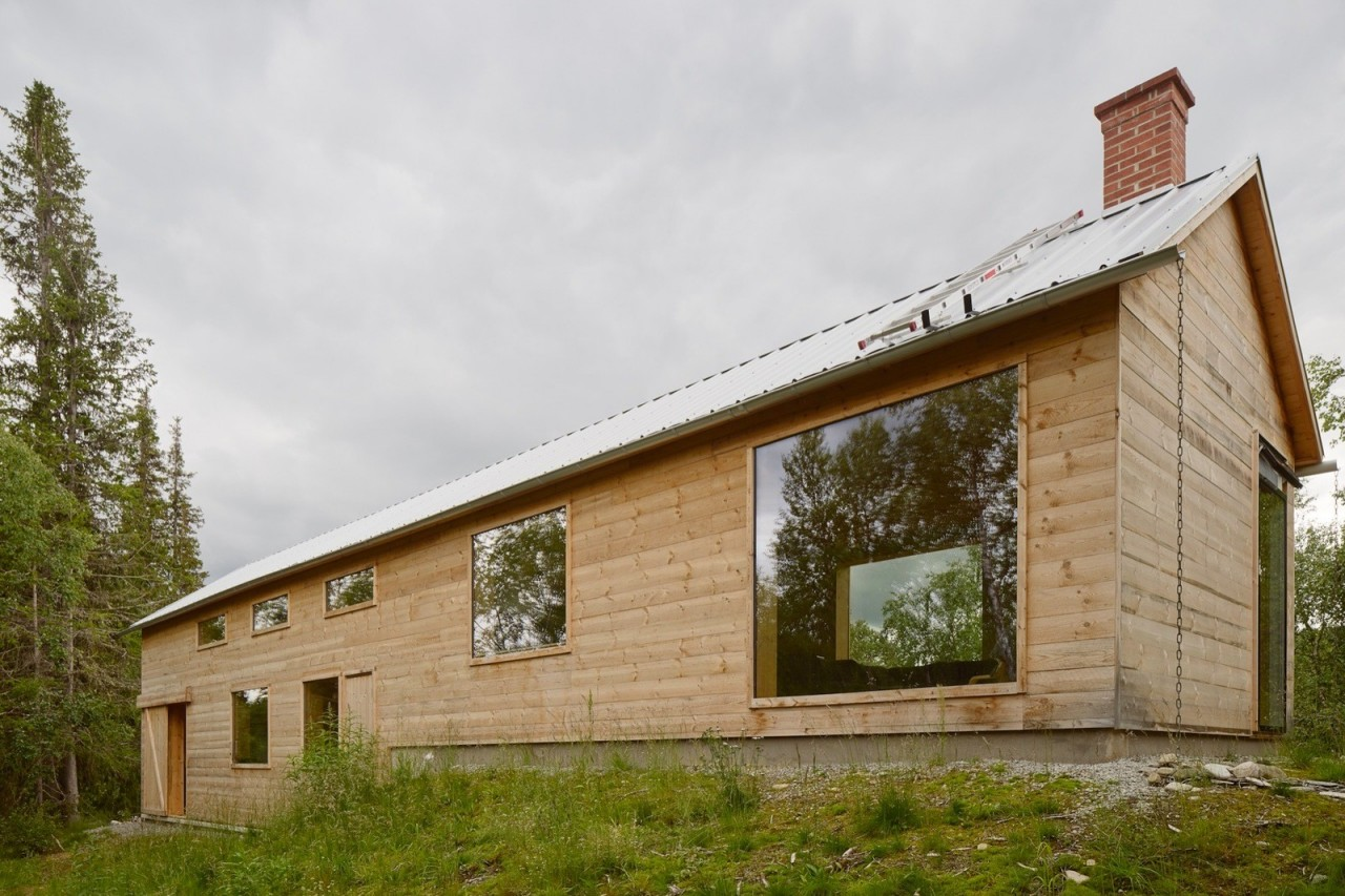 Современный шведский дом из дерева