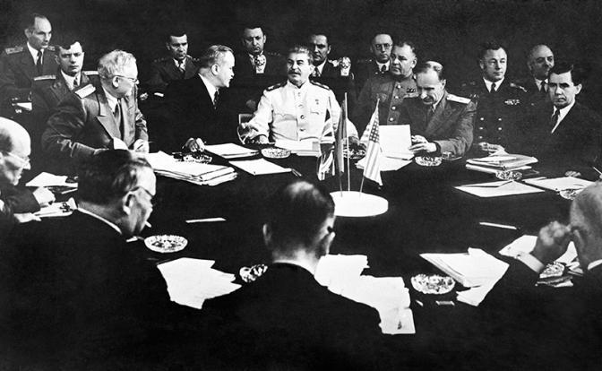 Опыт правильной дружбы с Западом. Как генералиссимус Сталин на переговорах Великобританию и США «продавил»