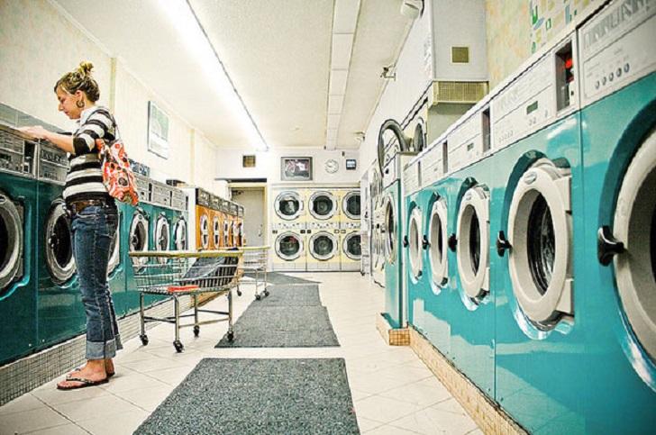 Странные люди: вот почему в Америке стирают не дома, а в прачечных