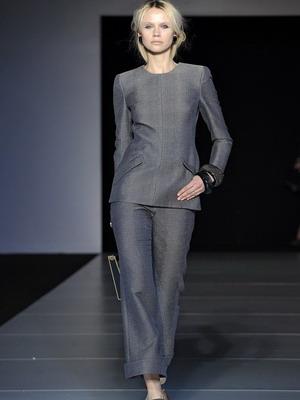 Костюмы в стиле Коко Шанель: брючные и юбочные фасоны