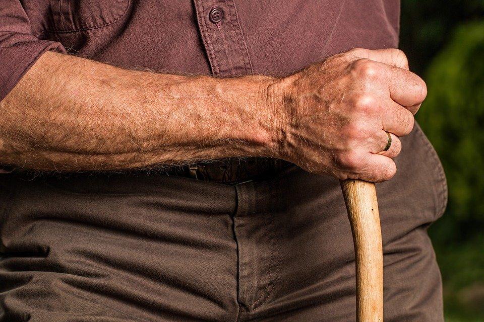 Полиция Санкт-Петербурга разыскивает пропавшего в Тунисе 90-летнего пенсионера