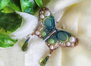 Мастер-класс — создание брошки-бабочки, вышитой бисером