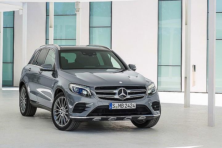 Mercedes-Benz отзывает в России более 1200 автомобилей