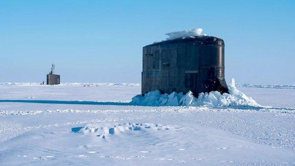 Авиация РФ выследила подлодки НАТО в Арктике