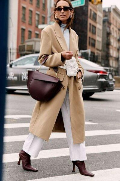6 трендовых пальто для дам слегка за 50+: какие фасоны достойны вас?