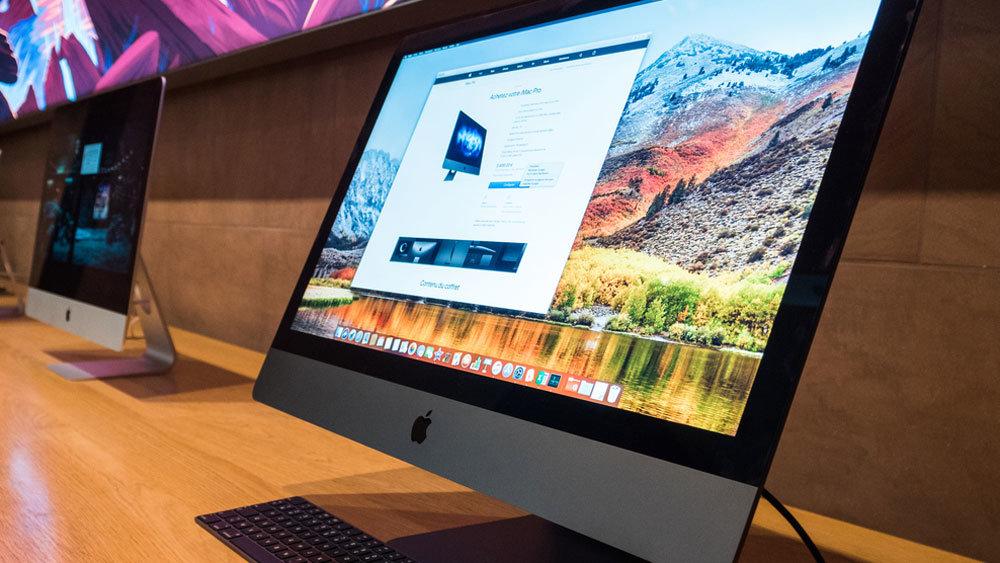 """На iMac Pro и MacBook Pro Retina  появился свой """"синий экран смерти"""""""