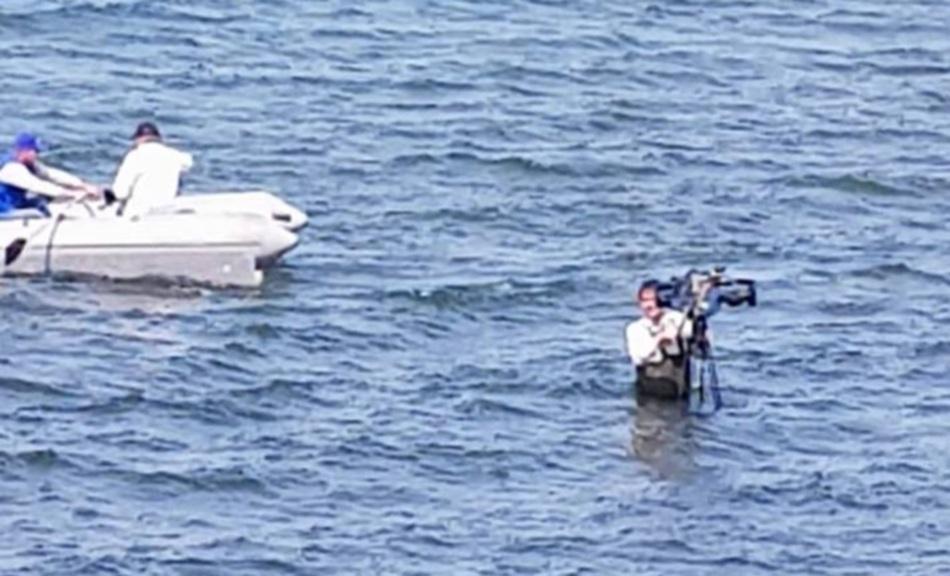Фанатизм: оператор 40 минут ждал Путина по пояс в ледяной воде