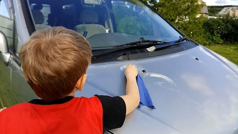 Как правильно наносить защитный полироль на автомобиль