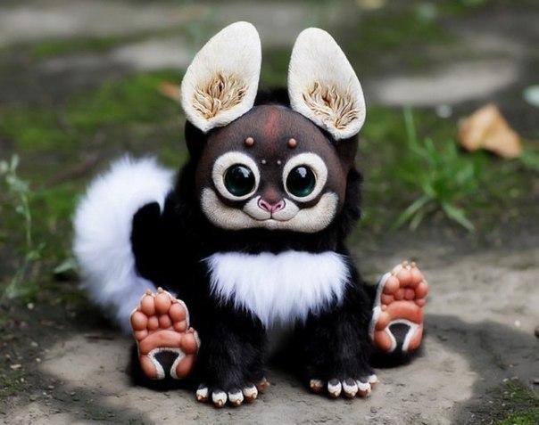 Московская художница создает немного жуткие игрушки. Которые до ужаса хочется затискать!
