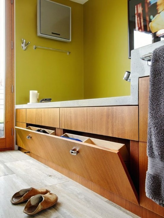 practical-bathroom-storage-ideas-70-554x739