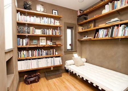 Открытые полки как украшение дома: 10 идей фото 9