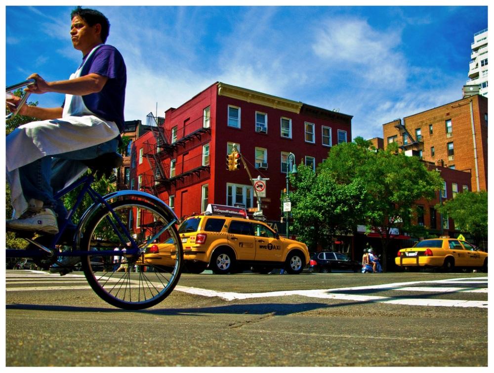 Шедевры от мастеров уличной фотографии: реальная жизнь в каждом снимке 36