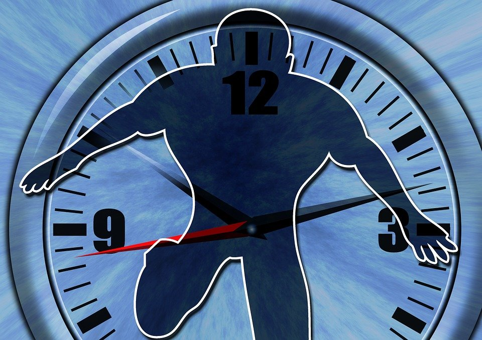 Ученый рассказал, какой подвох кроется в путешествиях во времени