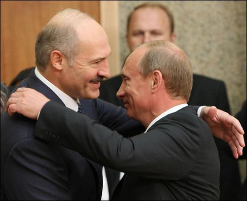 К чему Москва хочет принудить Лукашенко?