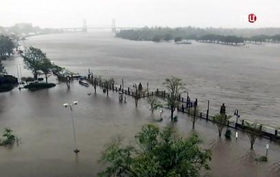 """""""Это было страшное утро"""": ураган """"Флоренс"""" обрушился на восточное побережье США"""