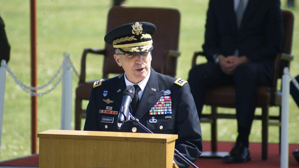 Командующий НАТО в Европе: Нам нужно больше военных чтобы сдержать обезумевшую Россию