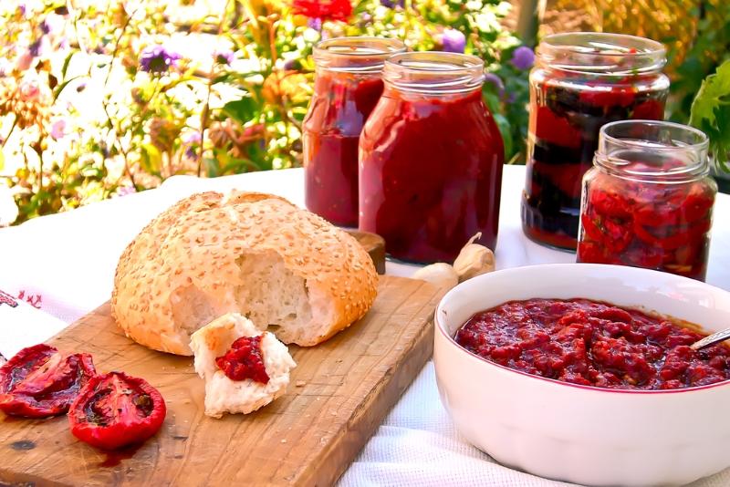 Рецепт салата из помидоров и болгарского перца