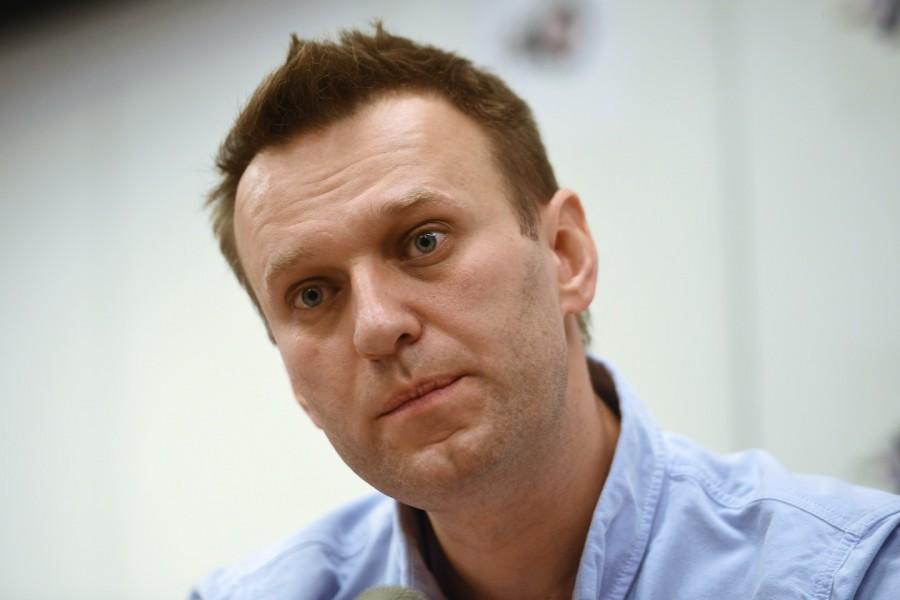 Навальный опять строит из себя жалкую «политическую жертву»