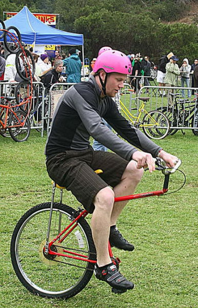 imaginative and inventive bicycle modifications 640 17 Черт побери, зачем они это сделали? (39 фото)