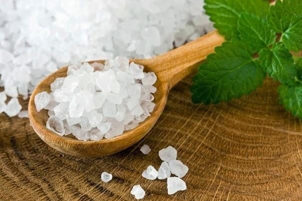 Соль снимает головную боль