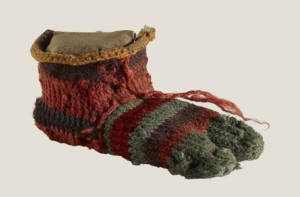 Египтяне носили цветные носки
