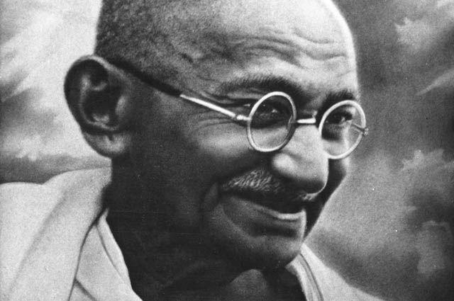 Великая душа. Жизнь и принципы Махатмы Ганди