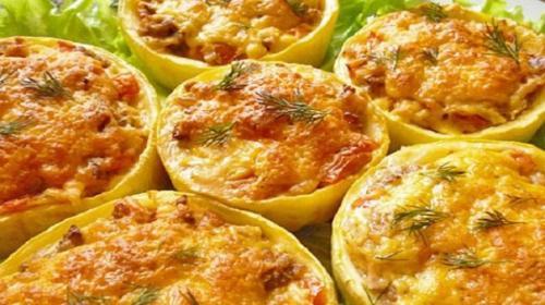 Очень вкусные фаршированные кабачки с сыром и грибами.