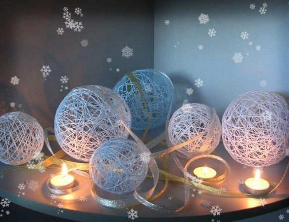 Ажурные снежные комья из ниток — самодельный декор новогоднего интерьера