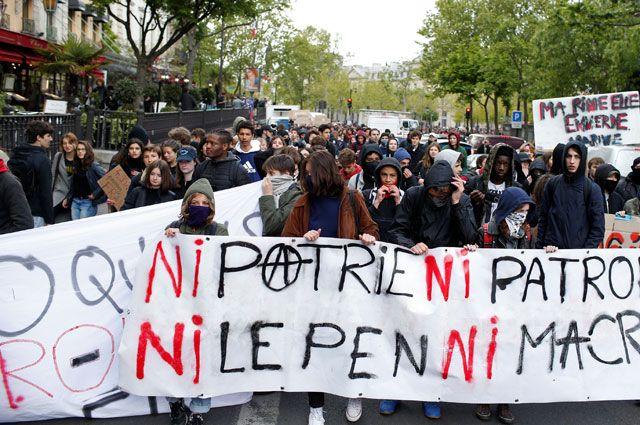 Из-за чего после первого тура выборов во Франции начались протесты?