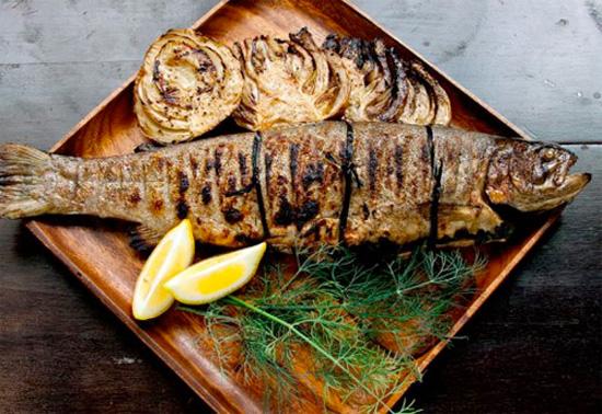 Целиком и полностью: секреты приготовления целой рыбы
