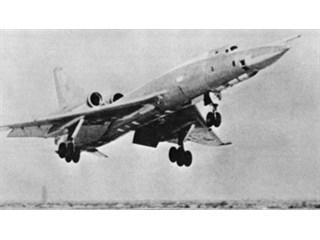 """Удар """"Шилом"""". Почему аналитики НАТО считали Ту-22 смертельной угрозой"""
