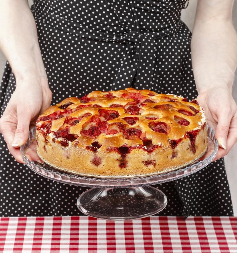 пирог с клубникой быстро и просто