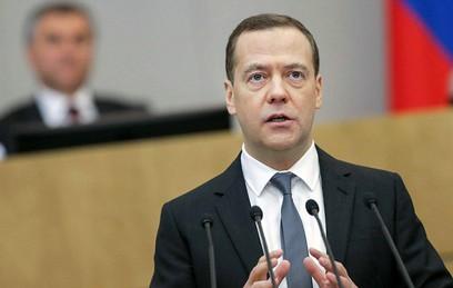 Медведев призвал удвоить экспорт сельхозпродукции к 2024 году