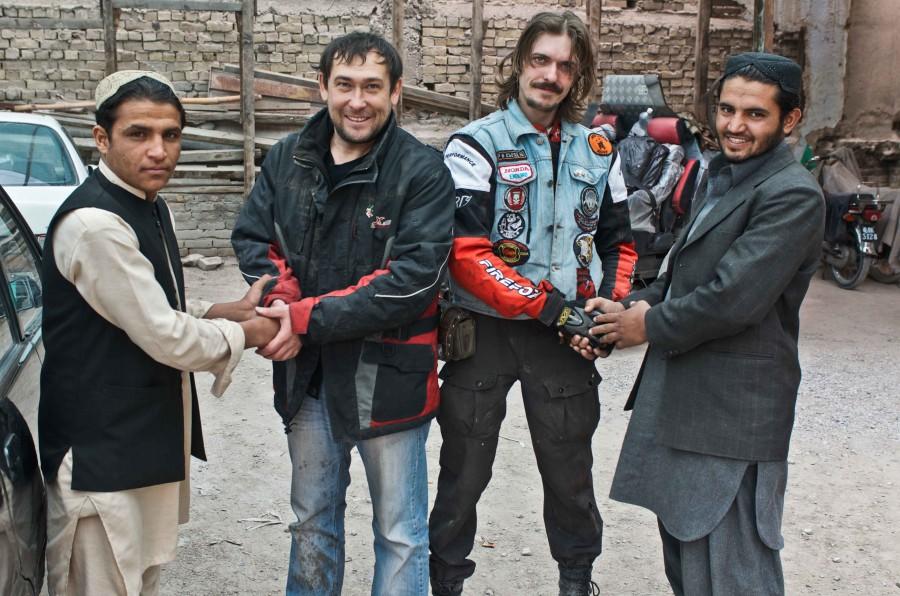 Приключения русских смельчков в Пакистане - стране добрых людей