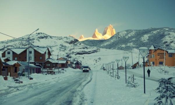 wintertowns03-650x389_601x360